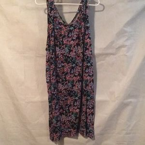 Other - Multi Color Print Nightgown Size 3X